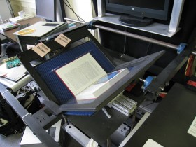 Interview Archive book scanner | Wikimedia Commons