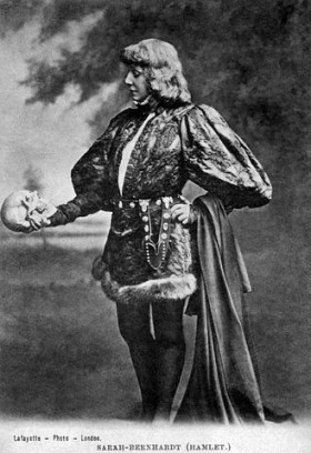 Sarah Bernhardt as Hamlet, with Yorick's skull (Photographer: James Lafayette, c. 1885–1900)