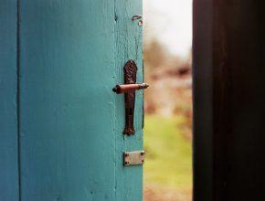 Photo by Jan Tinneberg on Unsplash
